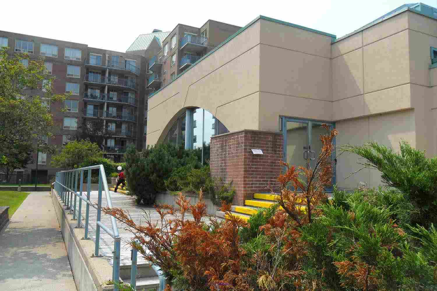 Excellent Sublease Opportunity at 25 Holland Avenue Ottawa, Ontario, Canada Classifieds