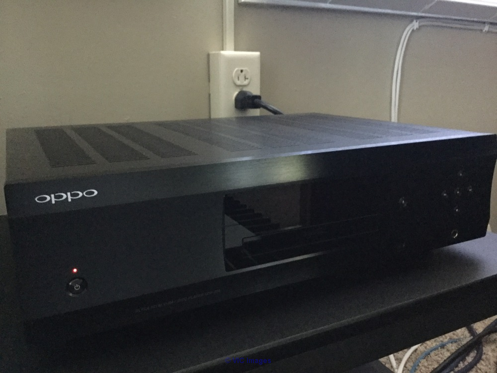 Am selling my  Used OPPO UDP-205 4k Blu-Ray p Ottawa, Ontario, Canada Annonces Classées