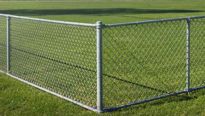 Chain Link Fencing Manufacturer/Suppliers in Delhi ottawa