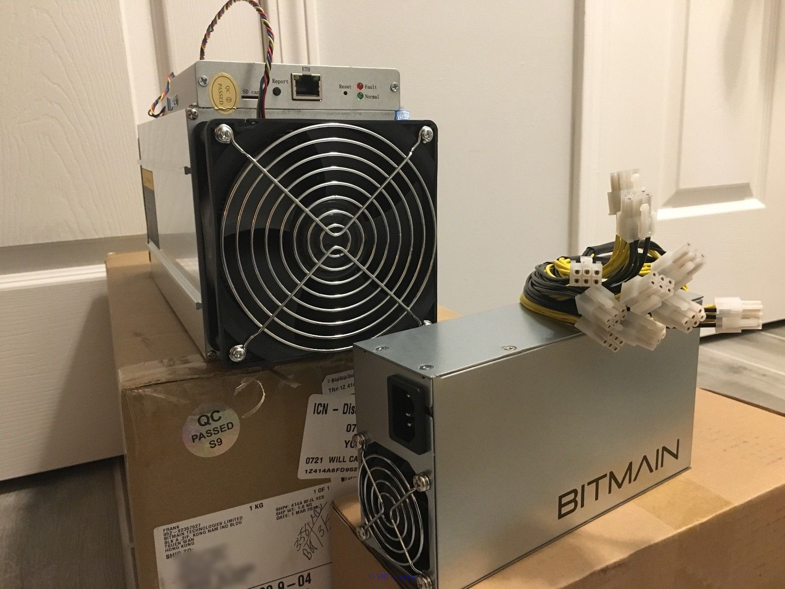 Bitcoin Ant-miner S9 14TH/s / AntMiner A3 / Graphic Cards
